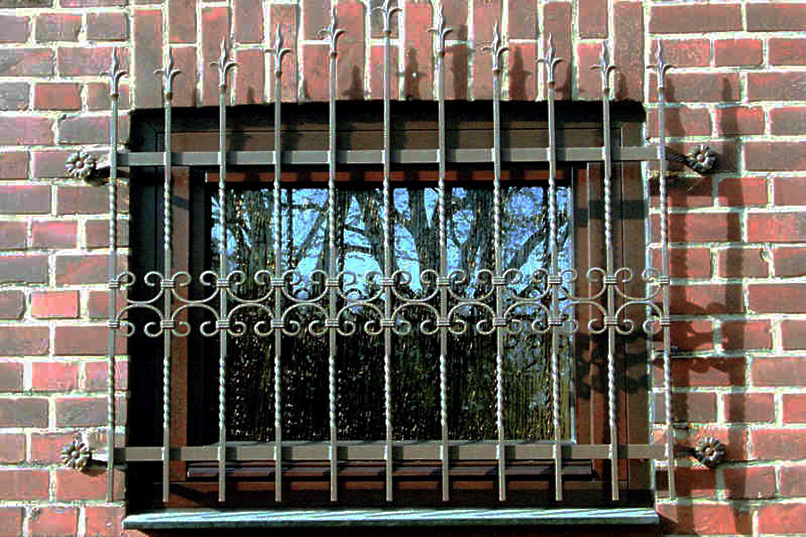 Gitter Für Fenster : gitter einfach mehr sicherheit smela metallbau ~ Frokenaadalensverden.com Haus und Dekorationen