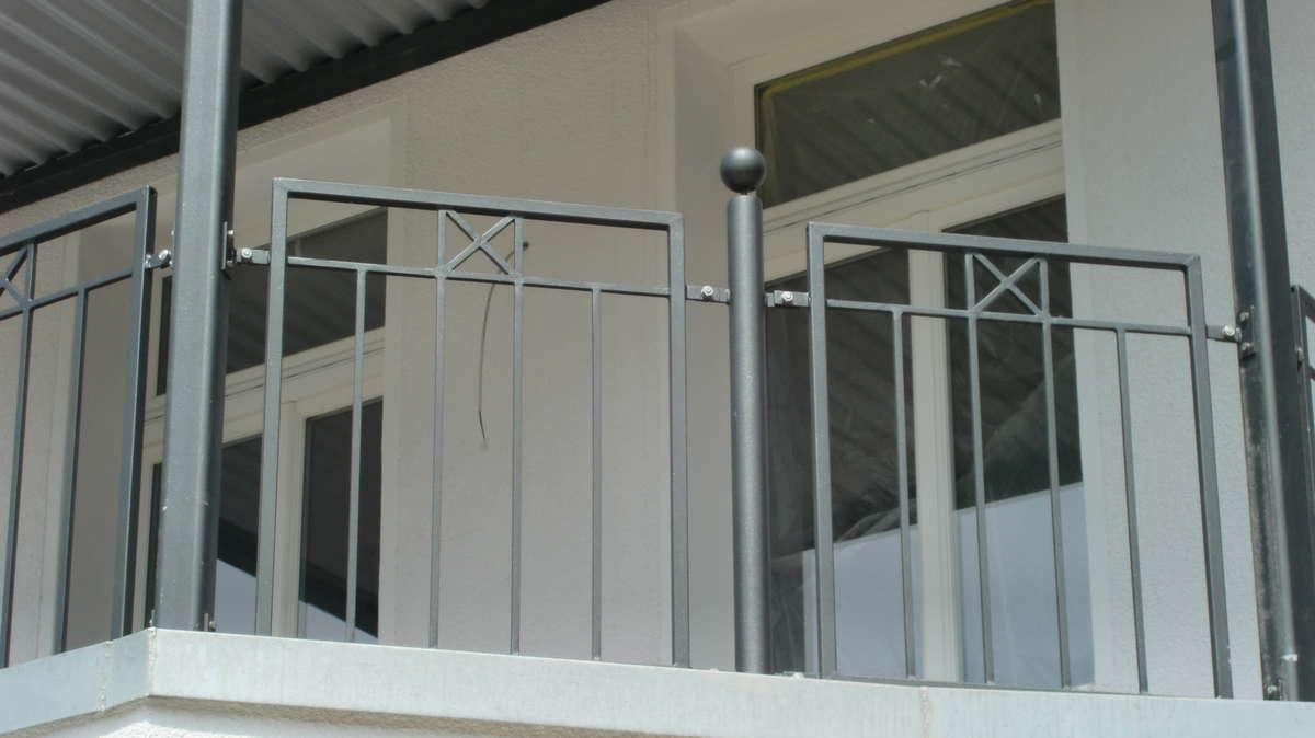 Balkongelander Stahl Smela Metallbau